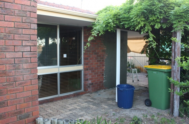 9 ways to boost your home 39 s kerb appeal house nerd for 70s house exterior makeover australia